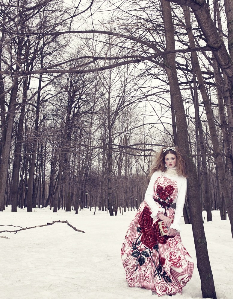lindsey wixson model3 Lindsey Wixson Models Winter Fashions for Emma Summerton in Vogue Japan