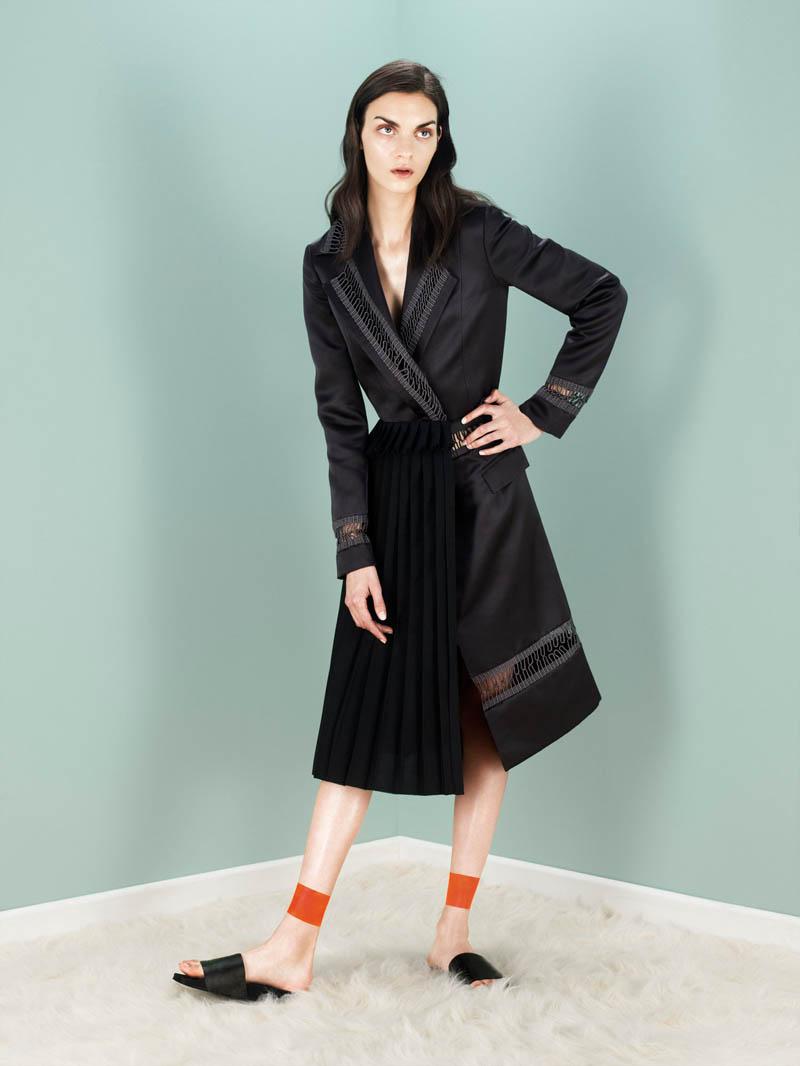 Magda Laguinge Models for Jens Langkjaer in Rika Spread