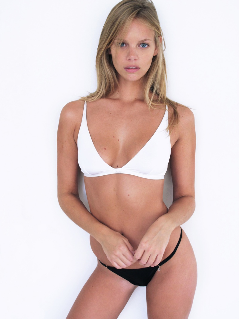 marloes horst polaroid1 Marloes Horst Poses in New Polaroids