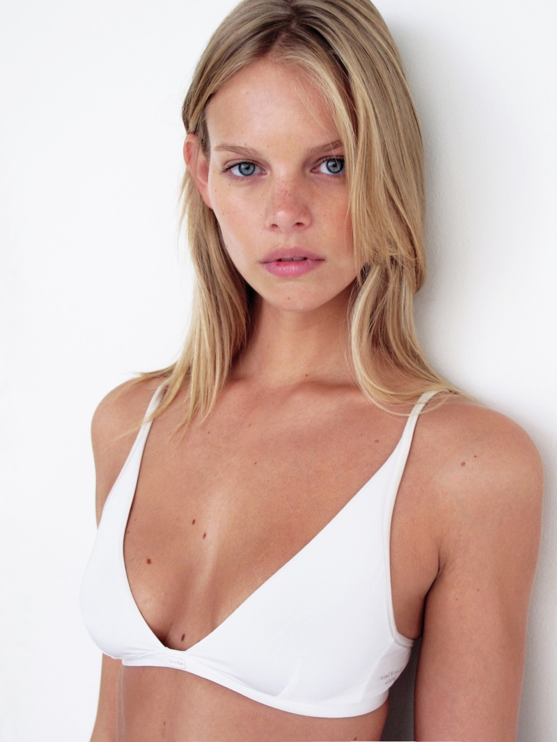 marloes horst polaroid2 Marloes Horst Poses in New Polaroids
