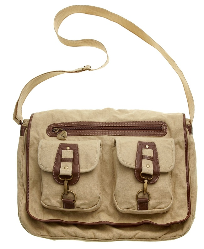 messenger bag 7 Tomboy Styles for the Fall Season