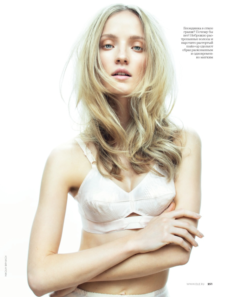 nikolay elle beauty6 Alek Alexeyeva Is a 60s Girl for Nikolay Biryukov in Elle Russia Beauty Spread