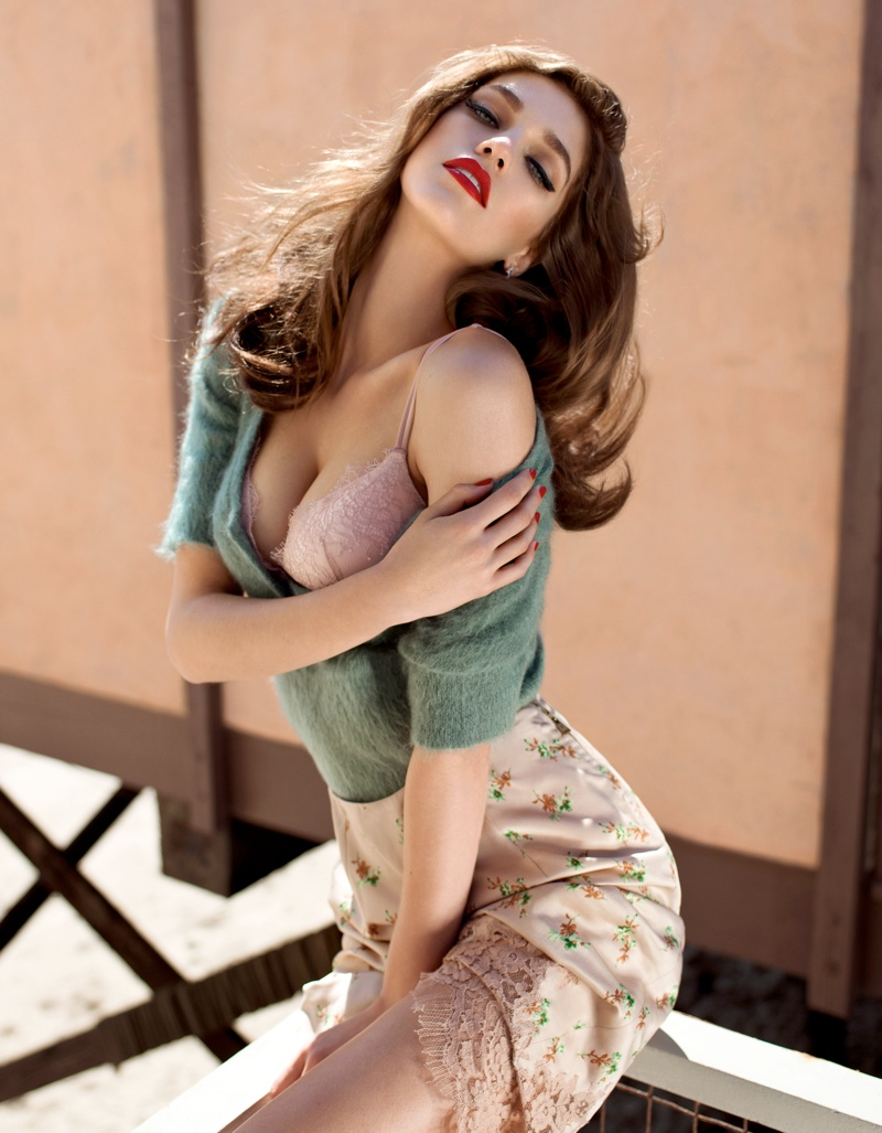 Samantha Gradovile Plays a Retro Pin-up for GQ UK by Stevie and Mada