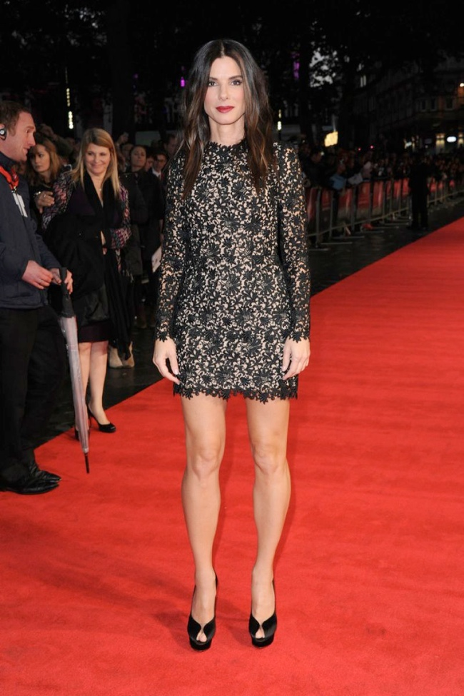 sandra stella mccartney1 Sandra Bullock Wears Stella McCartney to the Gravity London Premiere
