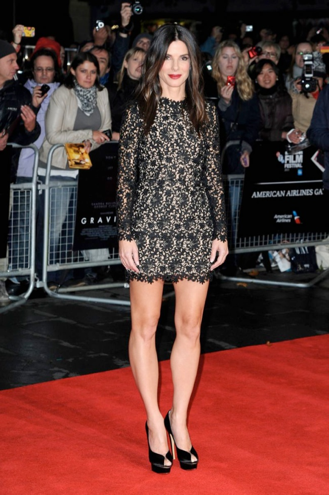 sandra stella mccartney2 Sandra Bullock Wears Stella McCartney to the Gravity London Premiere