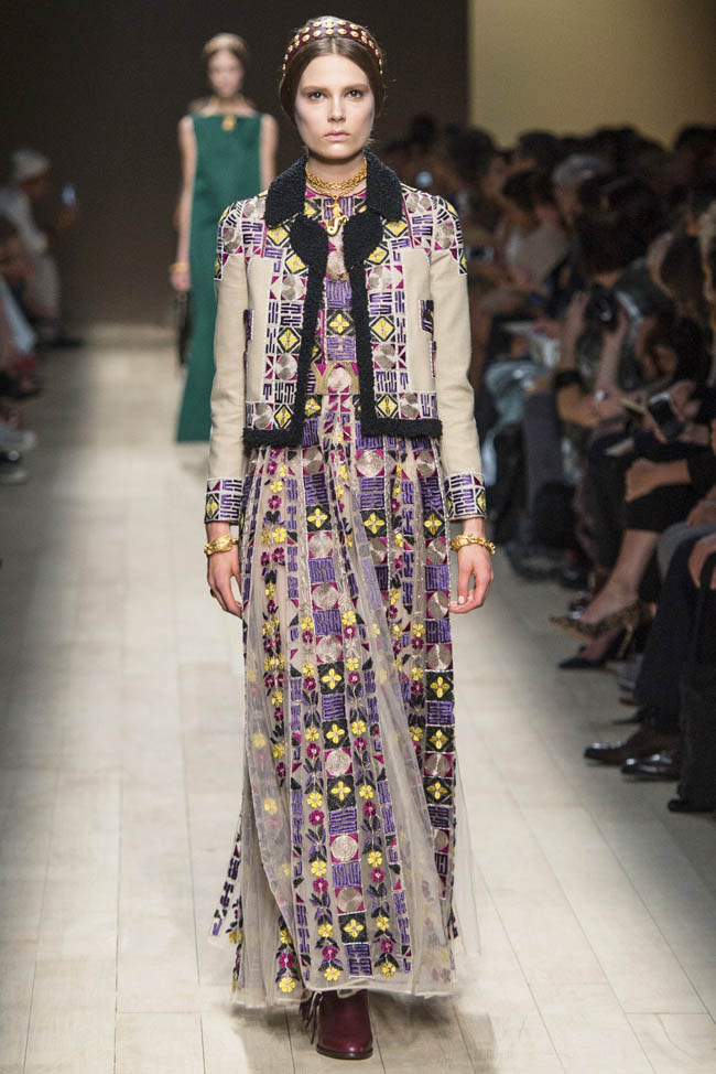 valentino spring summer 2014 57 Paris Fashion Week Spring/Summer 2014 Day 8 Recap | Valentino, Alexander McQueen, Chanel + More