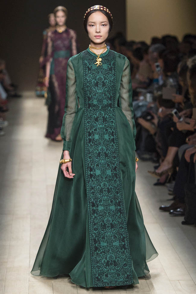 valentino spring summer 2014 69 20 Standout Looks from Milan & Paris Fashion Week Spring/Summer 2014