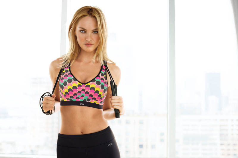 vs sport2 Candice Swanepoel, Doutzen Kroes + More Get Active for Victorias Secret Sport
