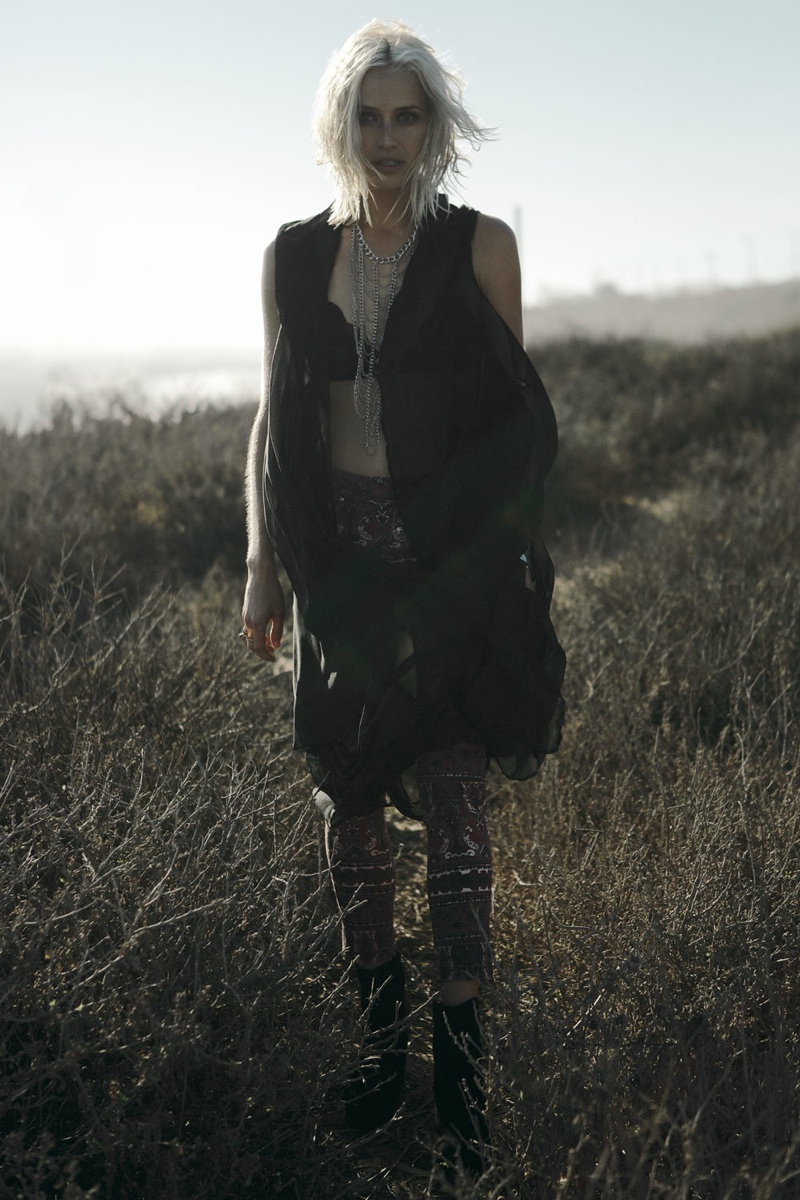wasteland paint it black19 First Look at Wastelands Paint it Black Lookbook Starring Lauren Hastings