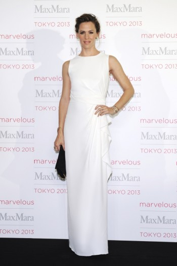 Jennifer Garner, Tao Okamoto + More Stars at Max Mara Tokyo Event