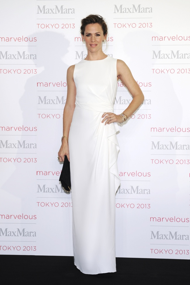 Jennifer Garner Jennifer Garner, Tao Okamoto + More Stars at Max Mara Tokyo Event