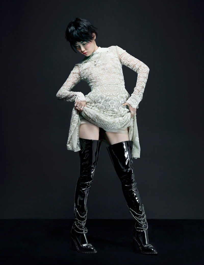 Rinko Kikuchi2 Rinko Kikuchi Wears Cutting Edge Style in Flaunt by Stevie and Mada