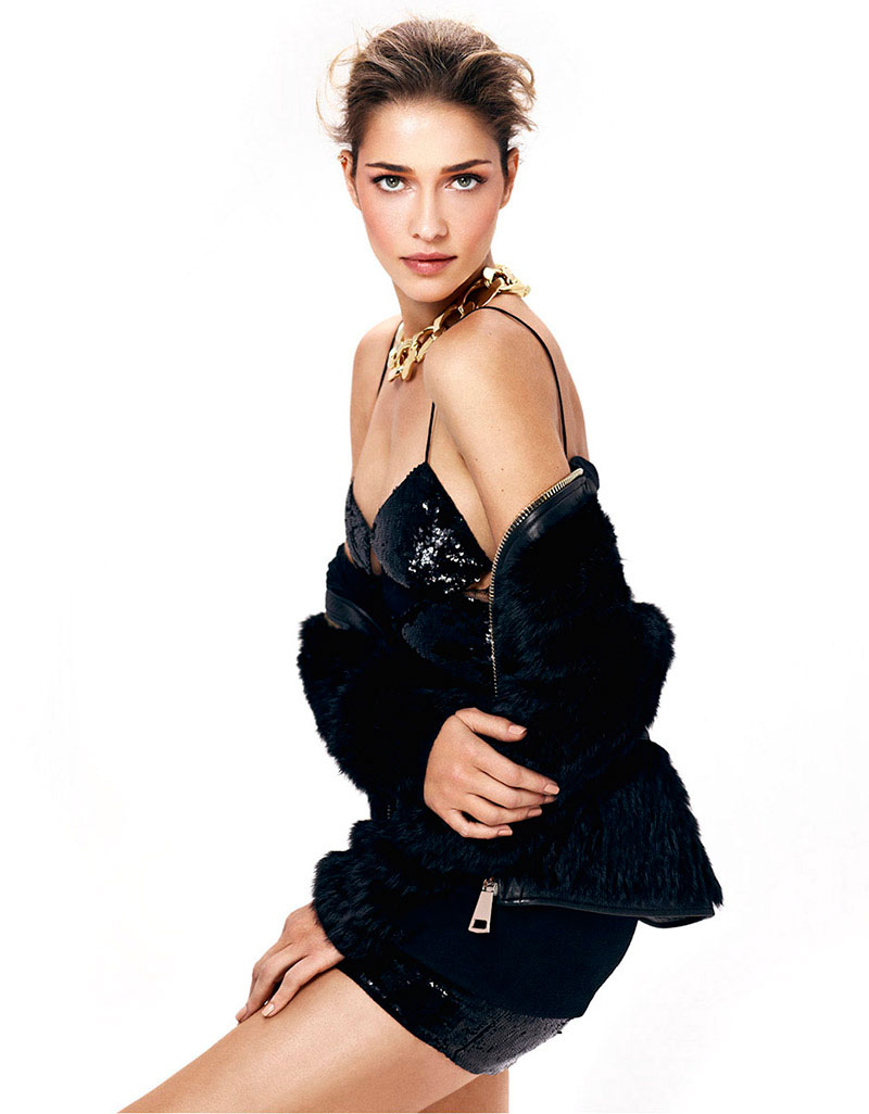 ana beatriz barros shoot8 Ana Beatriz Barros Gets Regal in LOfficiel Turkey Shoot by Emre Dogru