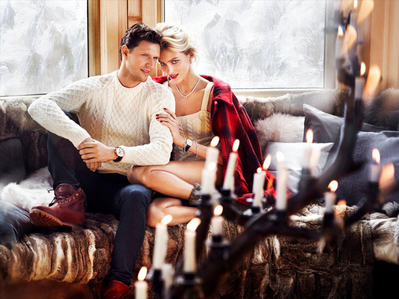 anja rubik apart christmas1 Anja Rubik Cozies up to Husband in Aparts Christmas 2013 Ads