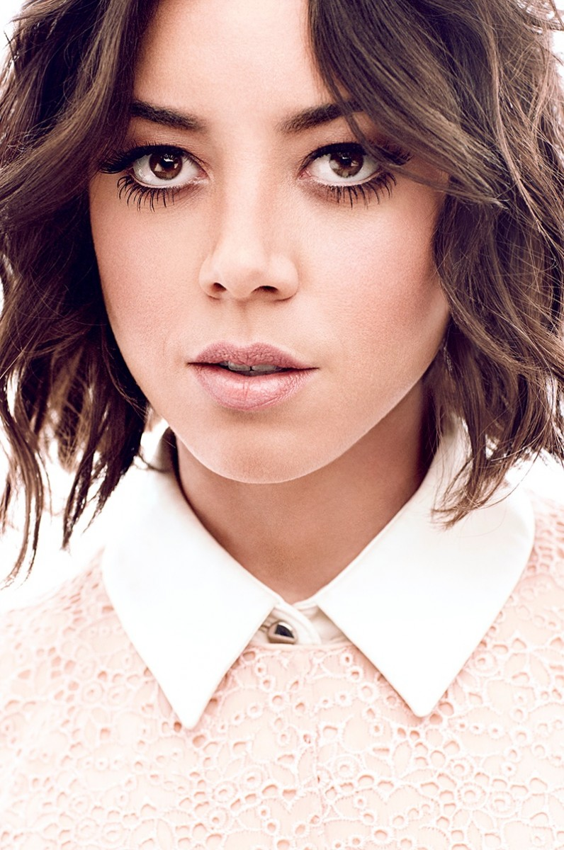 aubrey plaza3 796x1200 Aubrey Plaza Poses for Chris Nicholls in Glow Winter 2014
