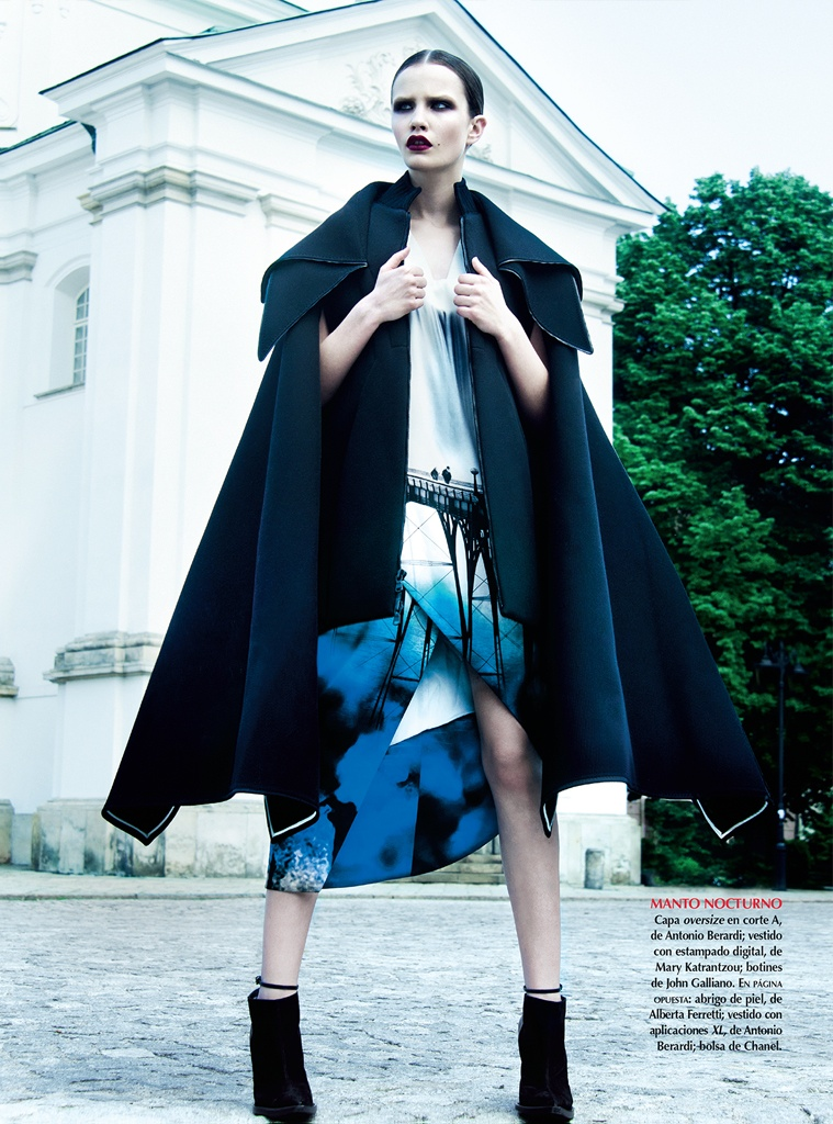 azul kevin sinclair2 Julie Borawska Has the Blues for Vogue Mexico Spread by Kevin Sinclair