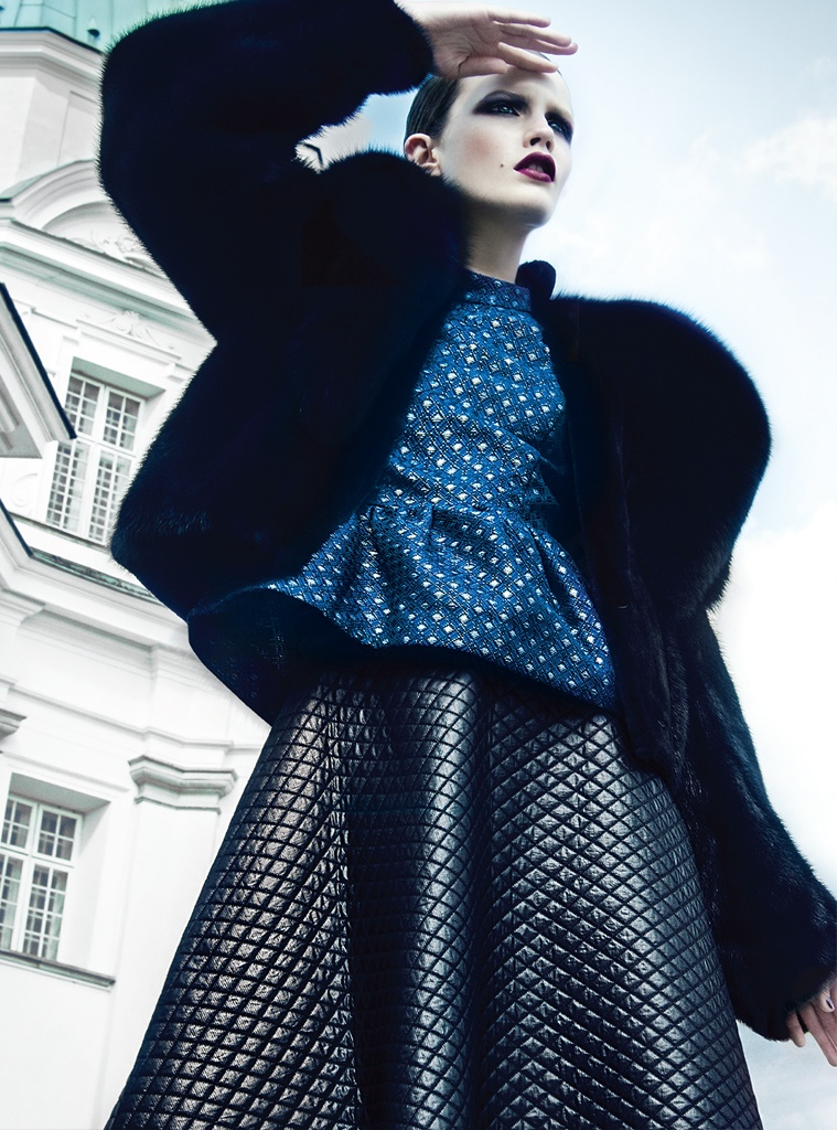 azul kevin sinclair4 Julie Borawska Has the Blues for Vogue Mexico Spread by Kevin Sinclair