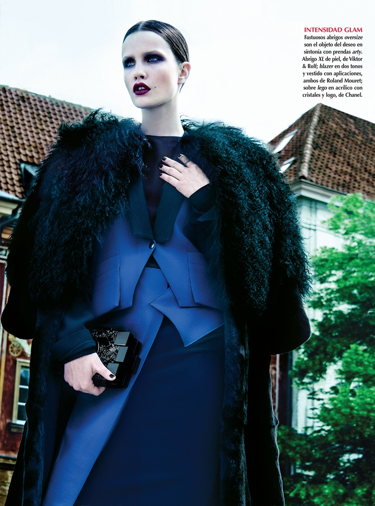 azul kevin sinclair7 Julie Borawska Has the Blues for Vogue Mexico Spread by Kevin Sinclair