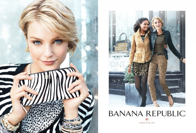 banana republic holiday5 800x544 Jessica Stam & Arlenis Sosa Front Banana Republics Holiday 2013 Ads