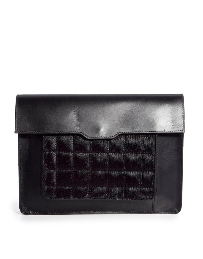 black clutch 8 Clutch Bags for the Modern Wardrobe