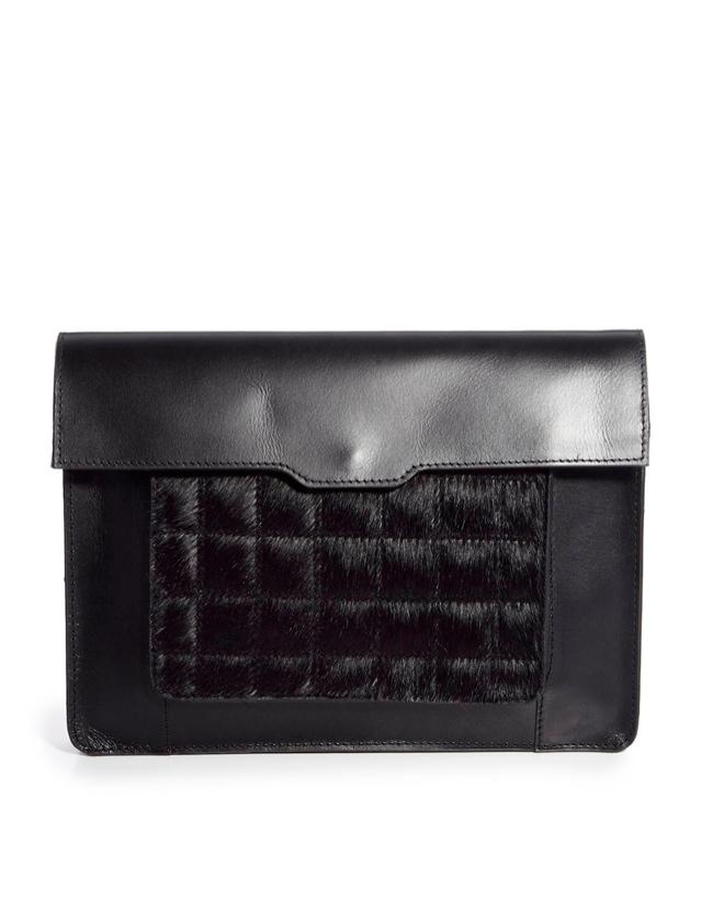 black clutch 8 Clutch Bags for the Modern Wardrobe