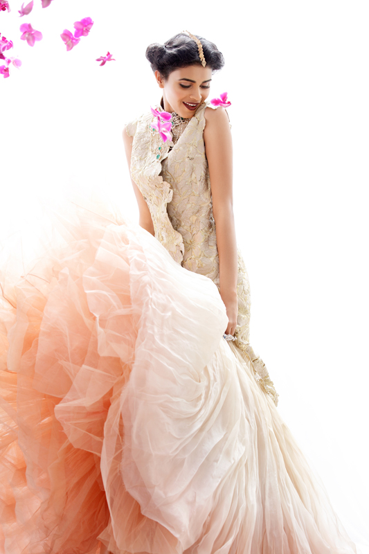 bridal beauty india2 Nidhi + Radhika Wear Bridal Beauty for Grazia India by Taras Taraporvala
