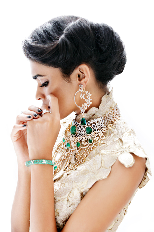 bridal beauty india3 Nidhi + Radhika Wear Bridal Beauty for Grazia India by Taras Taraporvala