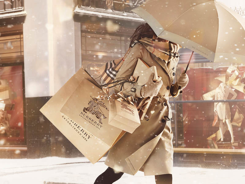 burberry with love3 Burberry Gets Festive for Burberry With Love Campaign
