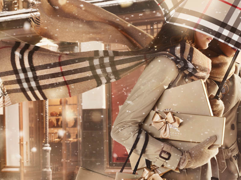"""Burberry Gets Festive for """"Burberry With Love"""" Campaign"""