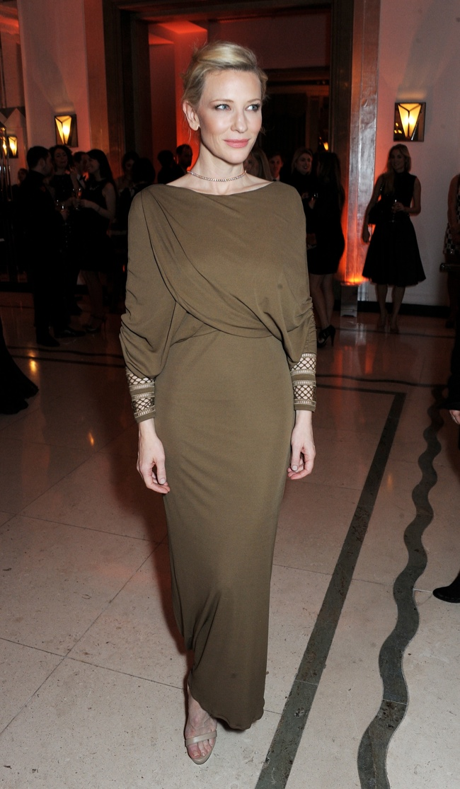 cate blanchett givenchy dress1 Cate Blanchett Wears Givenchy at the Harper's Bazaar UK Women Of The Year Awards