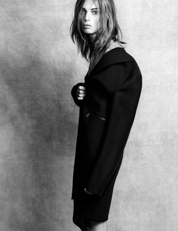 Daria Werbowy Poses for the November Issue of Madame Figaro by Nico