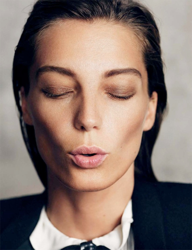 daria werbowy pictures9 Daria Werbowy Poses for the November Issue of Madame Figaro by Nico