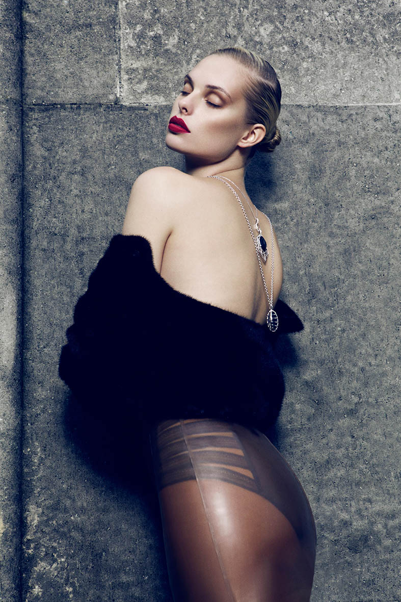 dioni tabbers model8 Dioni Tabbers Gets Sultry for LOfficiel Ukraine Shoot by Jenny Brough