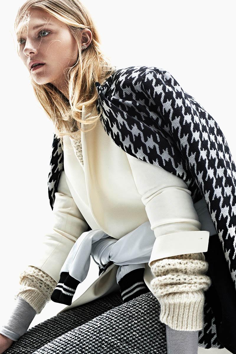 emeza campaign5 Johanna Jonsson Wears Designer Fashions in EMEZA Campaign
