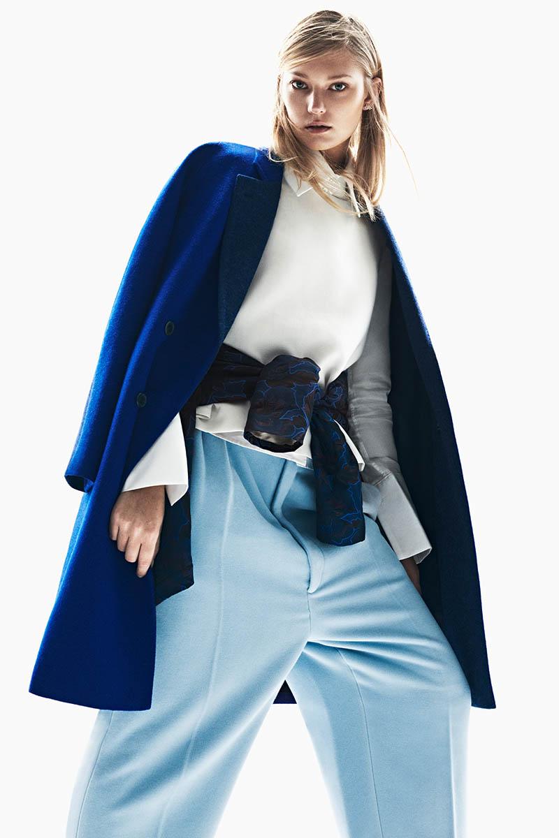 emeza campaign6 Johanna Jonsson Wears Designer Fashions in EMEZA Campaign