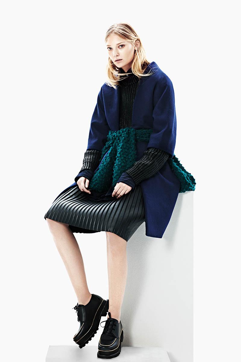 emeza campaign7 Johanna Jonsson Wears Designer Fashions in EMEZA Campaign