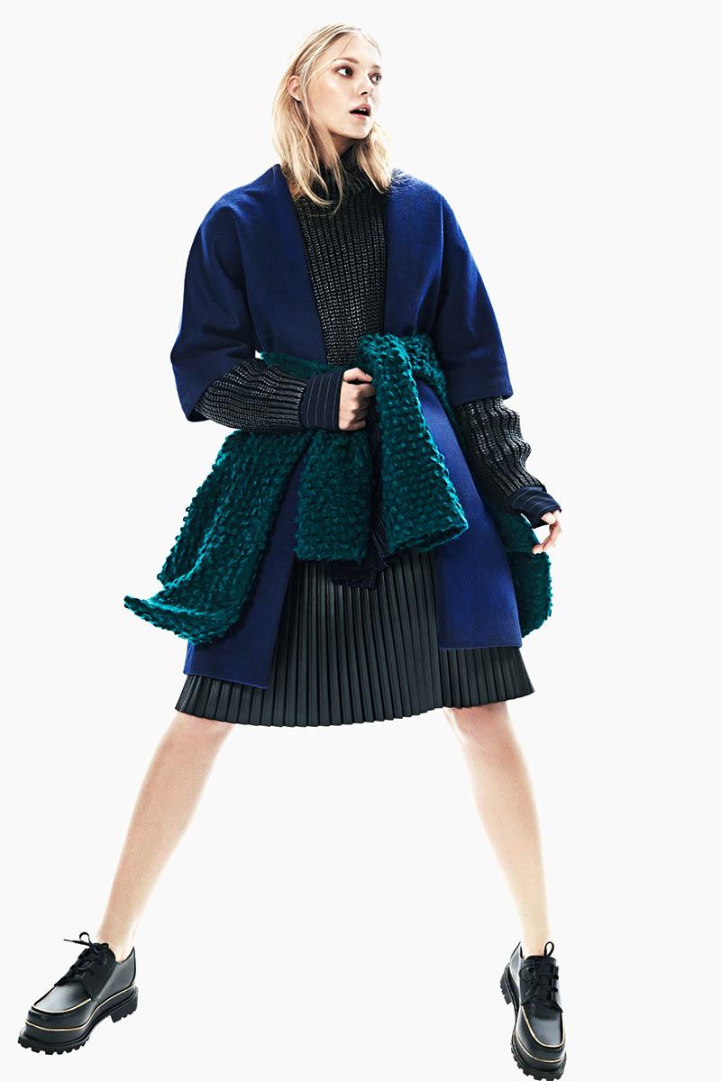 emeza campaign8 Johanna Jonsson Wears Designer Fashions in EMEZA Campaign