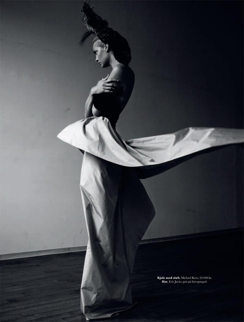 gertrud elle shoot6 Gertrud Hegelund Stars in Elle Denmark December 2013 Cover Story