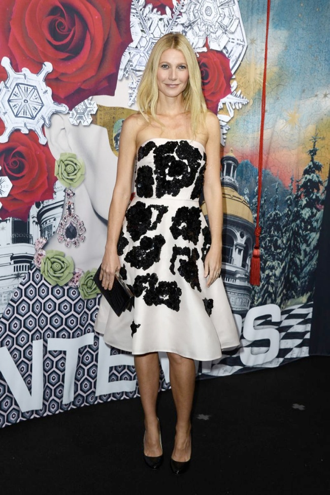 Gwyneth Paltrow Wears Prada at Printemps Christmas Decorations Inauguration