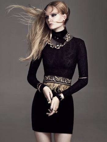 Henrietta Hellberg Wears Black & Gold in Plaza Kvinna by Martin Petersson