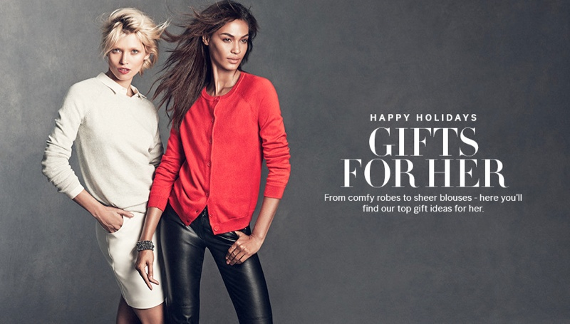 hm gift guide1 Joan Smalls & Hana Jirickova Star in H&Ms Holiday Trend Guide