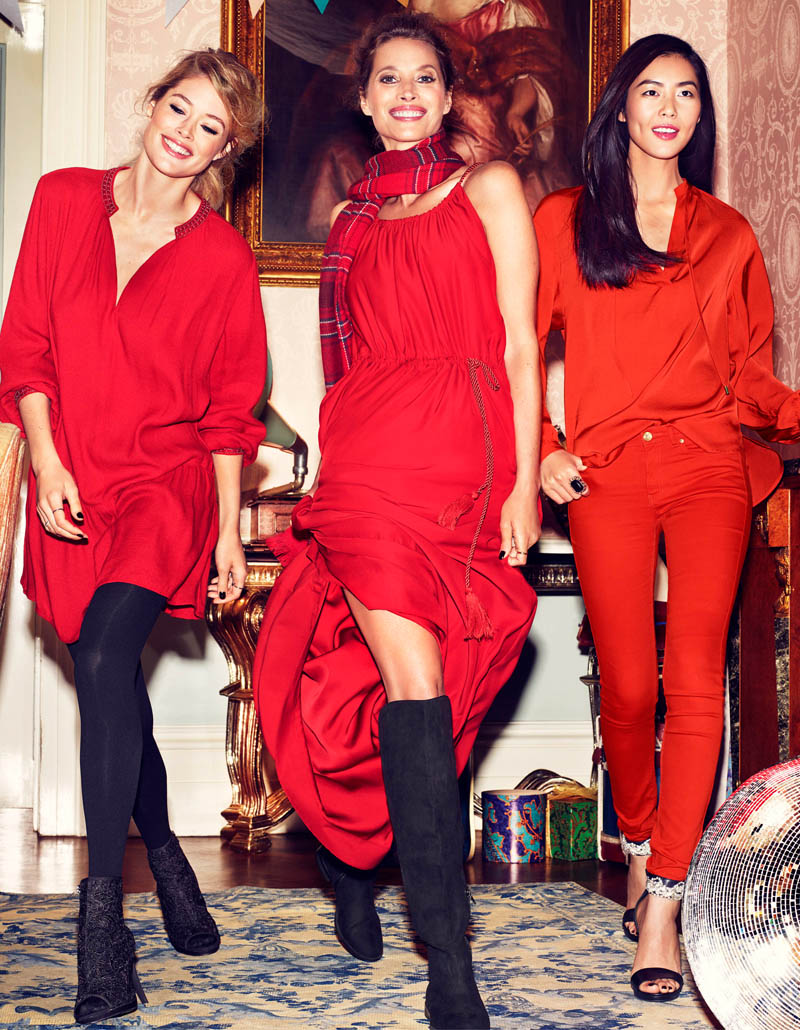 hm holiday2 See More Images for H&Ms Holiday Ads with Christy, Liu & Doutzen
