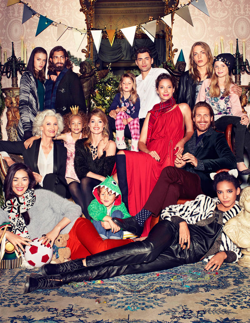 hm holiday5 See More Images for H&Ms Holiday Ads with Christy, Liu & Doutzen