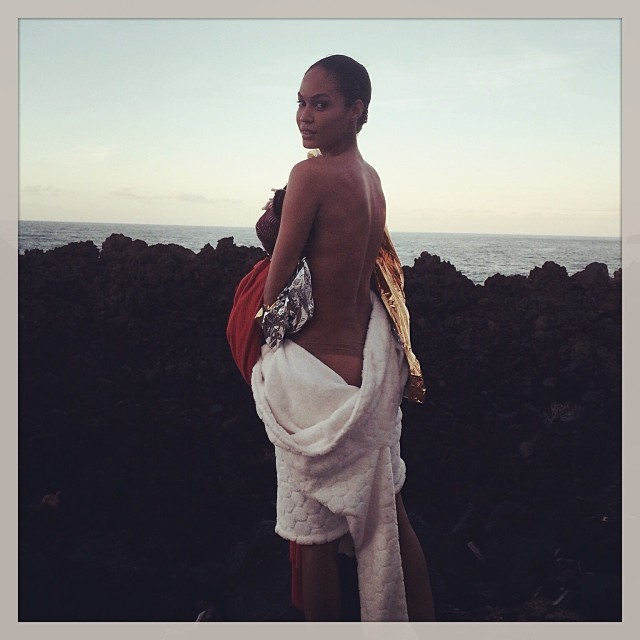 joan smalls instagram Instagram Photos of the Week | Liu Wen, Alessandra Ambrosio + More Model Pics