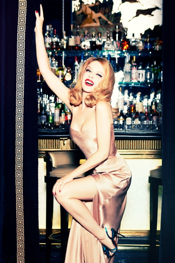 kylie minogue pictures1 Kylie Minogue Charms for Ellen von Unwerth in GQ Shoot