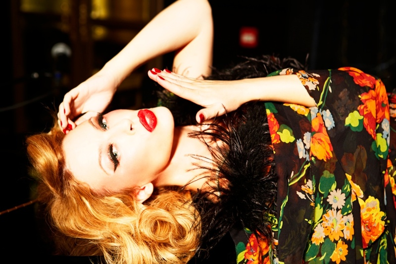 kylie minogue pictures9 Kylie Minogue Charms for Ellen von Unwerth in GQ Shoot