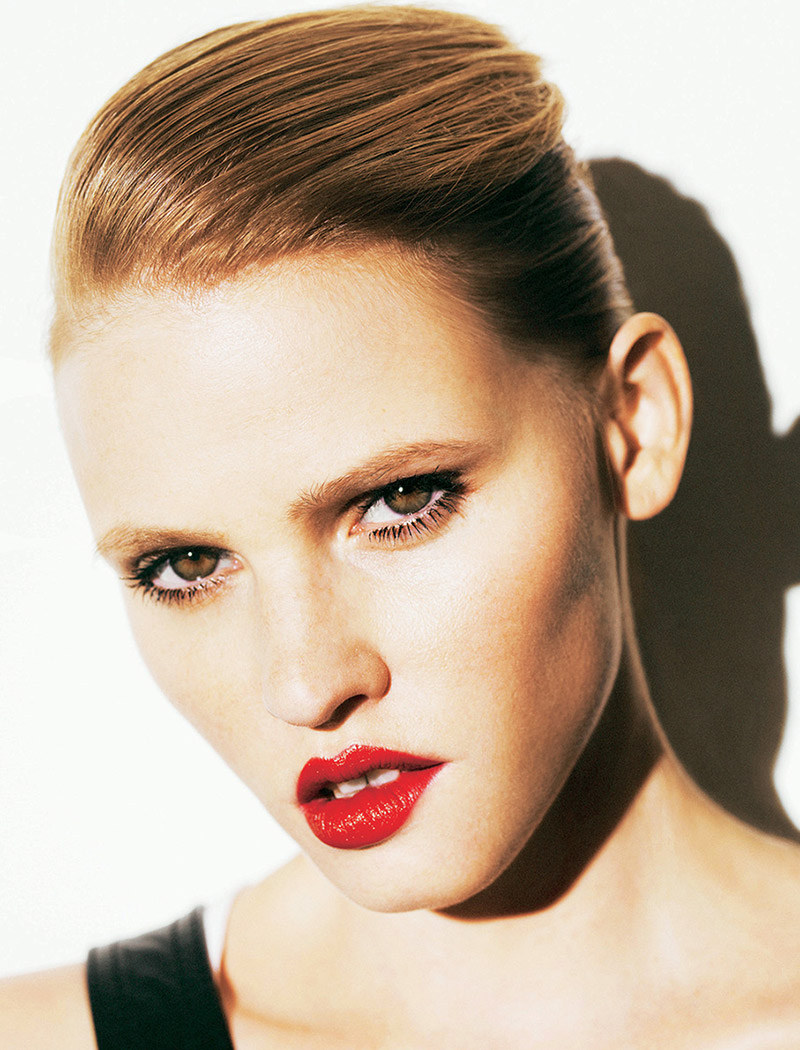 lara stone pictures3 Lara Stone Wows in New Shoot for Madame Figaro by Nico