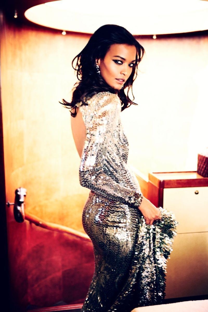 liya kebede model2 Liya Kebede Dazzles for Ellen von Unwerth in The Sunday Times Style