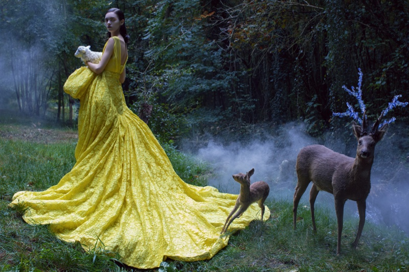 magda laguinge model3 Magda Laguinge Enchants in Couture for Jumbo Tsui in Harpers Bazaar China