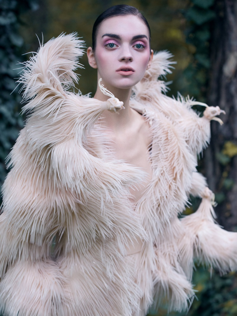magda laguinge model6 Magda Laguinge Enchants in Couture for Jumbo Tsui in Harpers Bazaar China